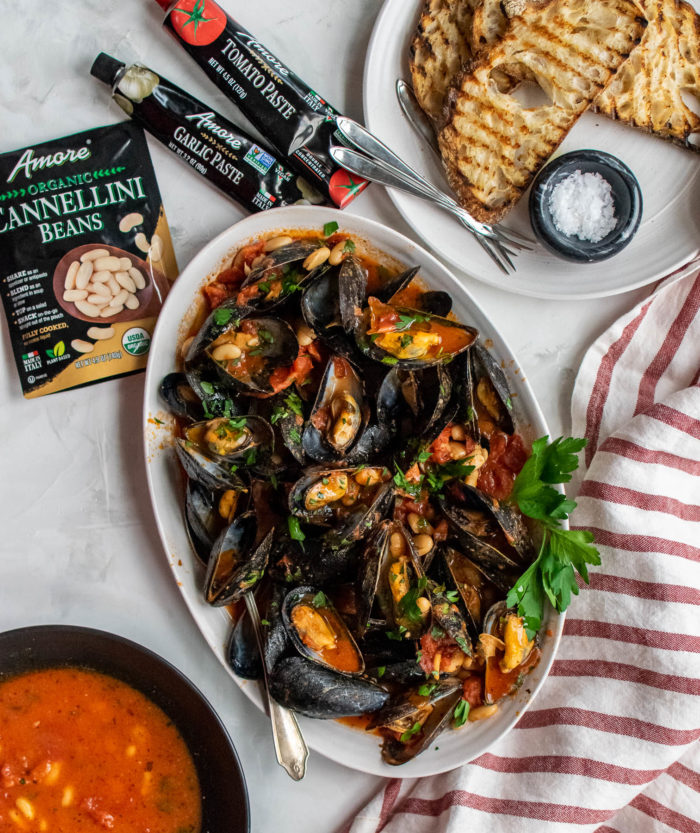 Mussels with Tomatoes and Beans
